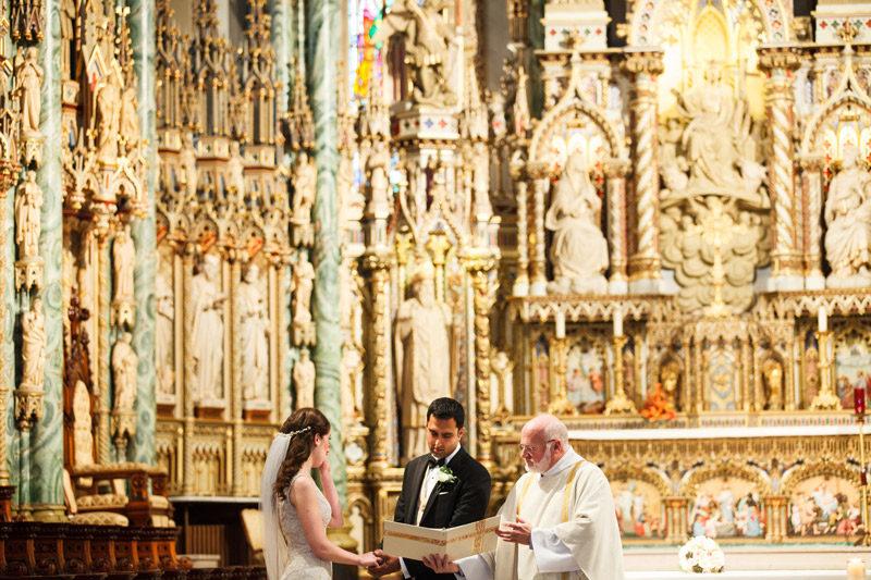 notre-dame-ottawa-wedding