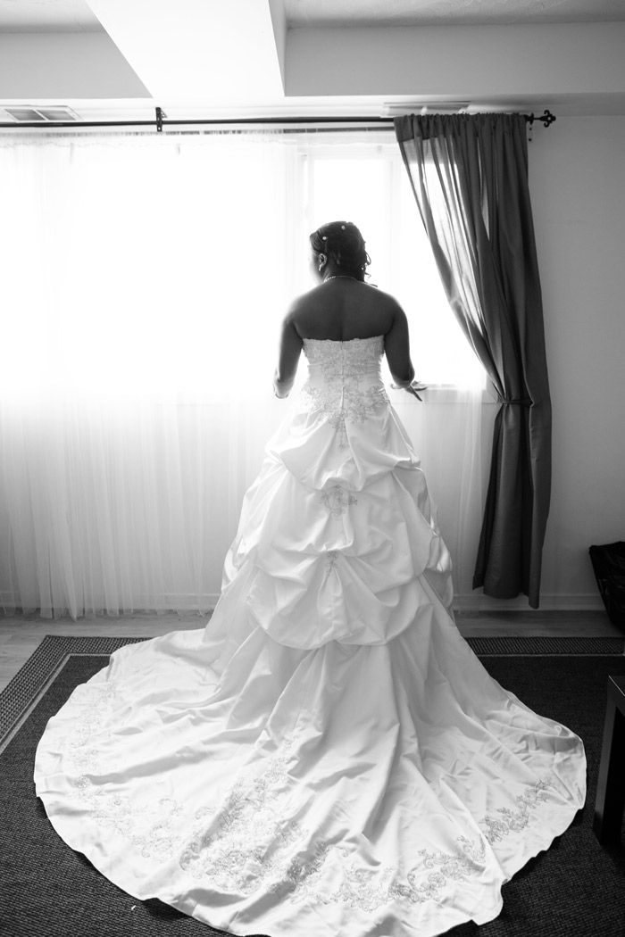 Ottawa-African-Wedding-Photographer-Preparations-Bride-Portrait