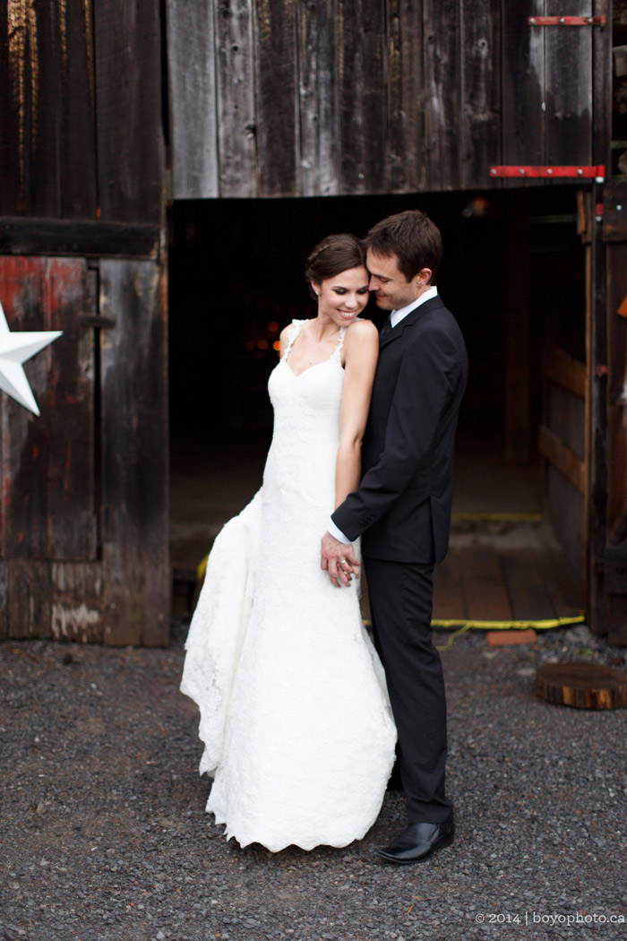 ottawa-rustic-barn-wedding-boyo-photography