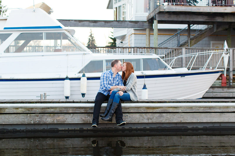 ottawa-engagement-session-at-nepean-sailing-club