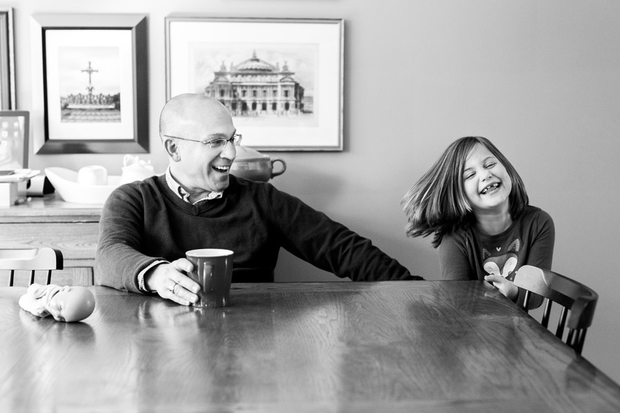 candid moments by ottawa family photographer