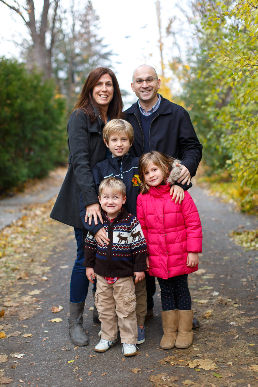traditional family portrait photo by ottawa family photographer